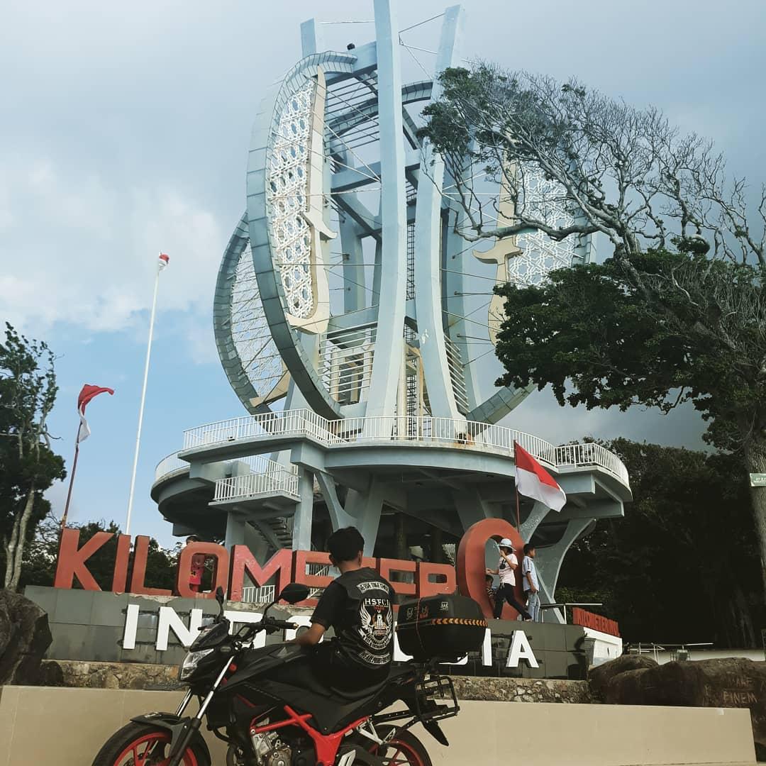 Bro Salman HSFCI Solok Saat Touring ke Titik 0 km Indonesia di Sabang