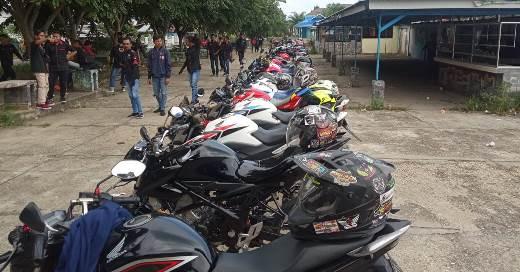 Kopdargab ke-3 para bikers Honda CB15R StreetFire Jari-jari se-Riau
