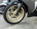 Cat Pelek, Tampilan Honda CBR250R Makin Kece.