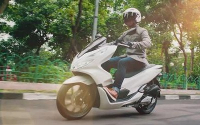Honda PCX – Exceed Excellence