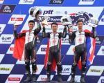 Luar Biasa.... Pembalap Astra Honda Kibarkan Merah Putih di Thailand