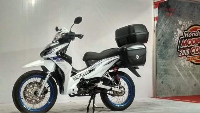 Honda Community Modifikasi Standar Touring Honda Absolute Revo Ini Detail Kata Pemiliknya