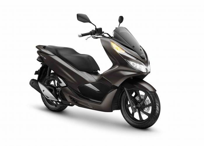 AHM Hadirkan Warna Baru untuk Skutik Besar Honda PCX