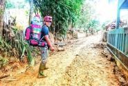 Eko HBRC, Pilih Jadi Relawan Untuk Bantu Korban Banjir Lebak