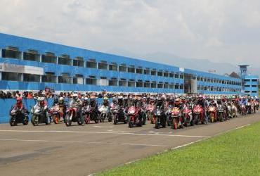 Indonesia CBR Race Day 2018 Seri 1 (Bikers Parade)