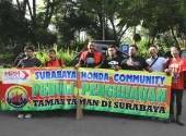 Gerakan Peduli Penghijauan Taman Taman Kota Surabaya