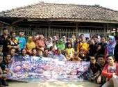 Forkom C3 (CCC, CROWNIC, CRC) Baksos Ke Dusun Busuk Desa Parung Lesang, Bekasi, 12 Juni 2016